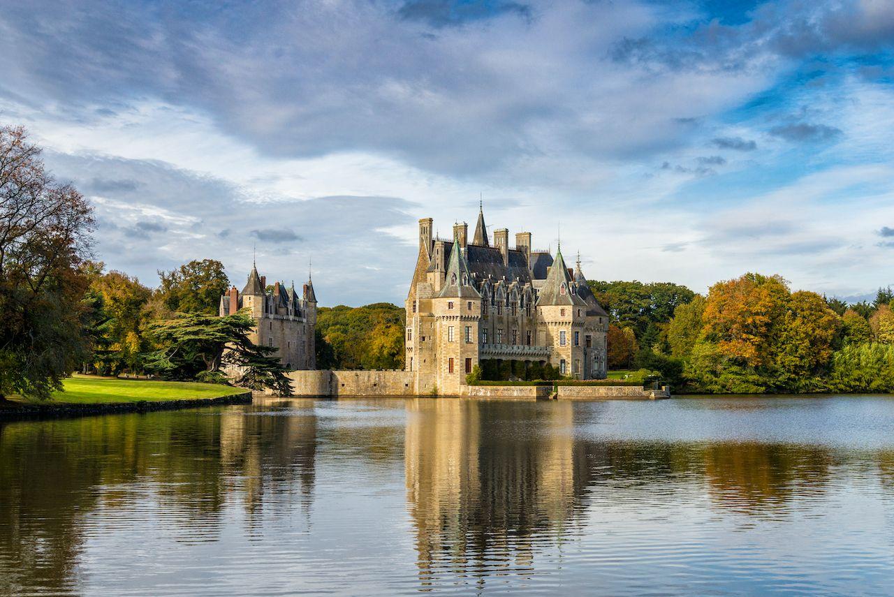 Chateau,Domaine,De,La,Bretesche,Missillac,France,On,Lake,In,  French castle