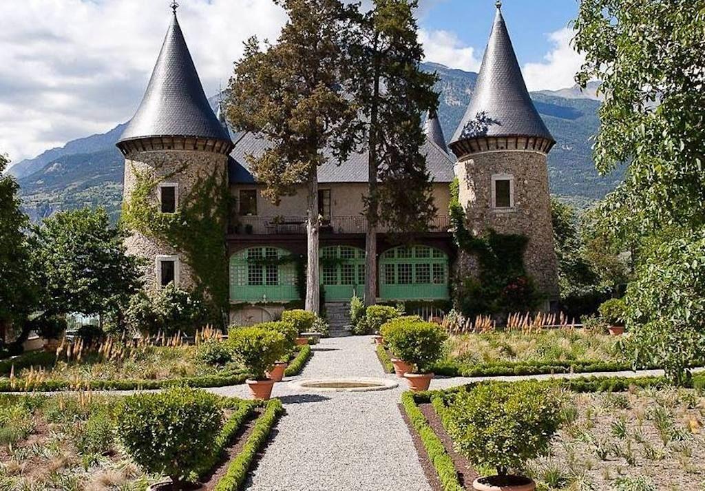 French-castle-Chateau-De-Picomtal,  French castle