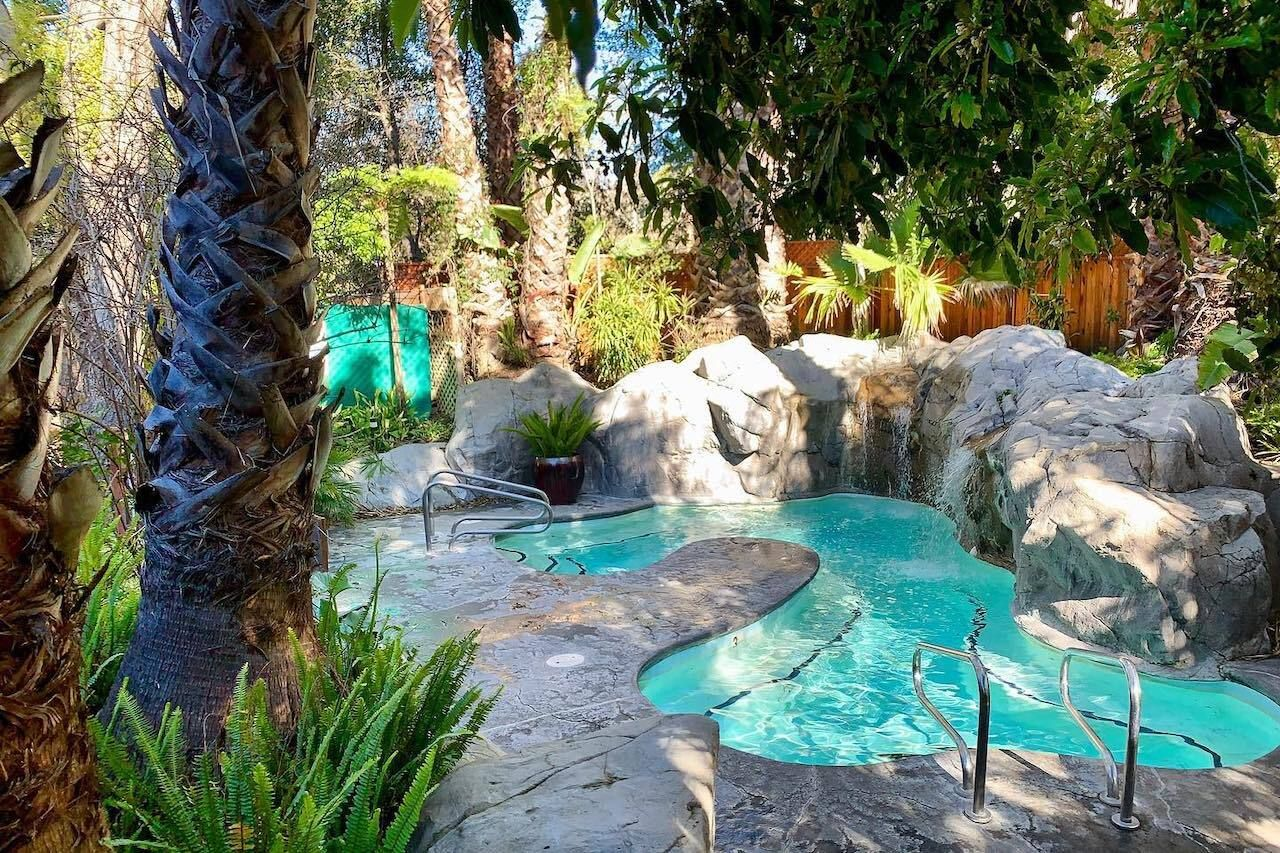 Hot-springs-in-California-Sycamore-Mineral-Springs-Resort, Hot springs in California