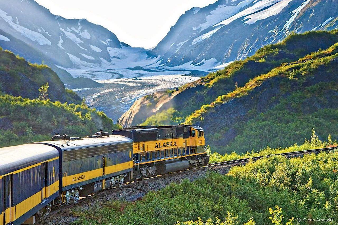 Alaska-railroad-greatland-Facebook ,  US train trips