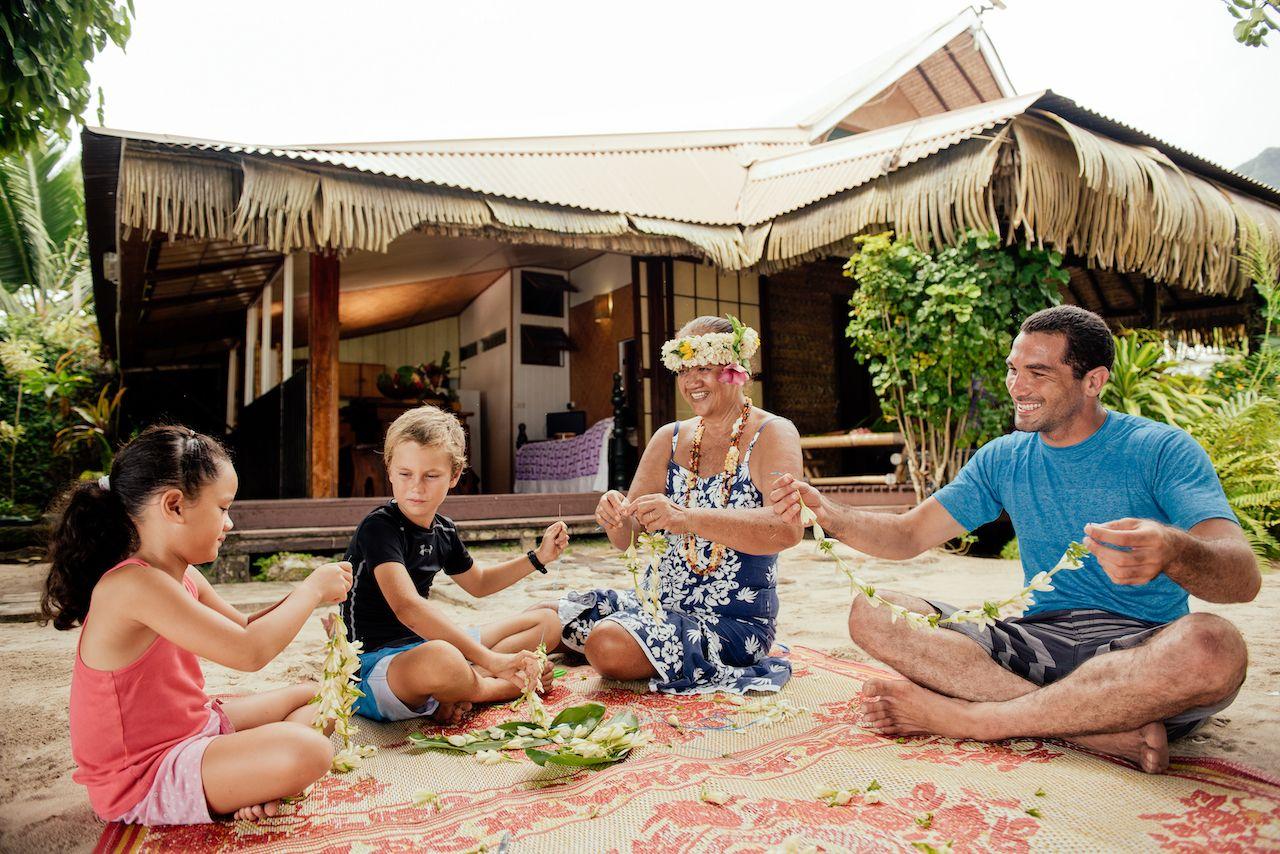 fare edith, Islands in French Polynesia