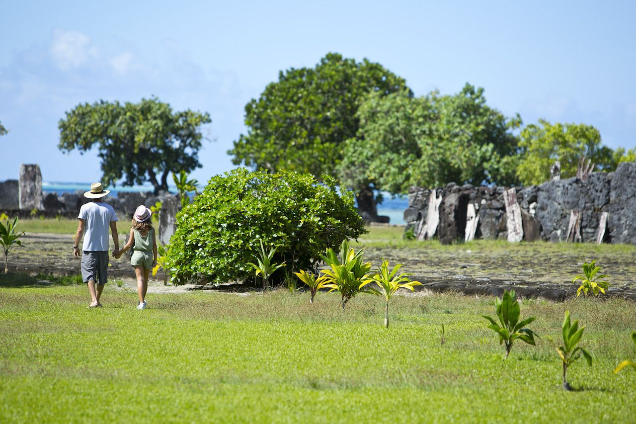 Family - Secondary, Islands in French Polynesia