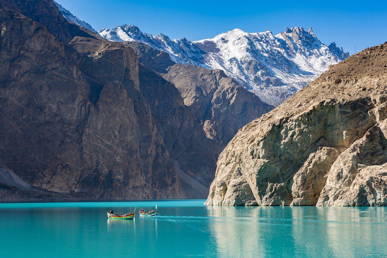 Karakoram-Highway-Lake-Attabad-1224120985