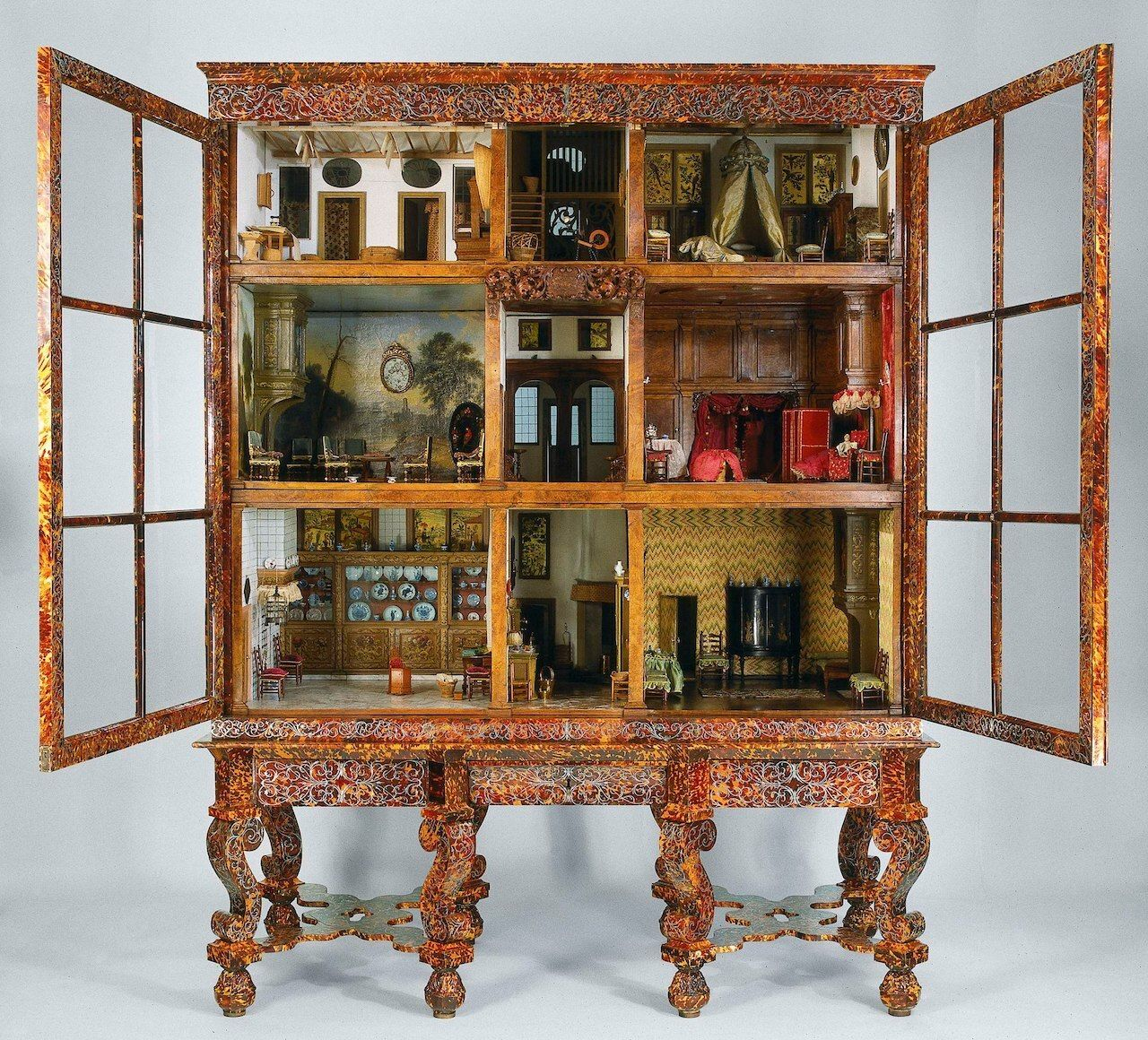 One-day-guide-to-the-Rijksmuseum-Doll-house-of-Petronella-Oortman