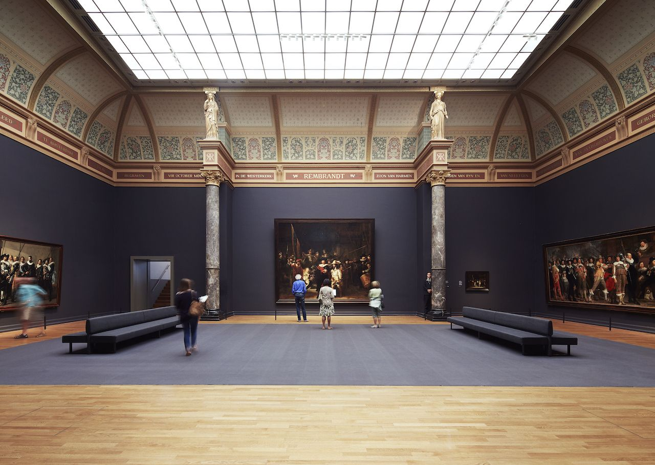 One-day-guide-to-the-Rijksmuseum-night-watch-gallery
