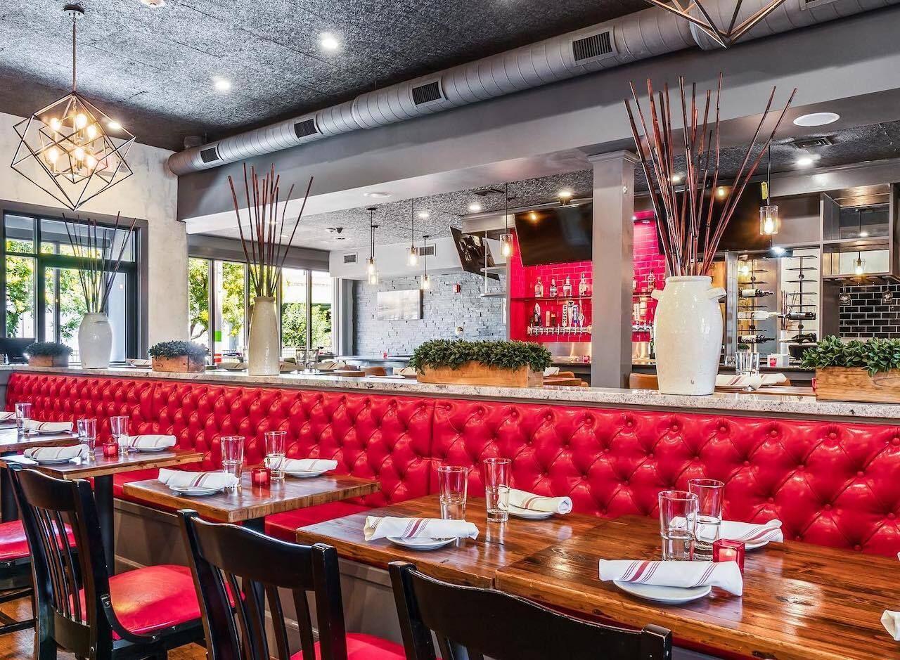 Pazza-on-Porter-restaurant-Boston-Travelzoo-deal