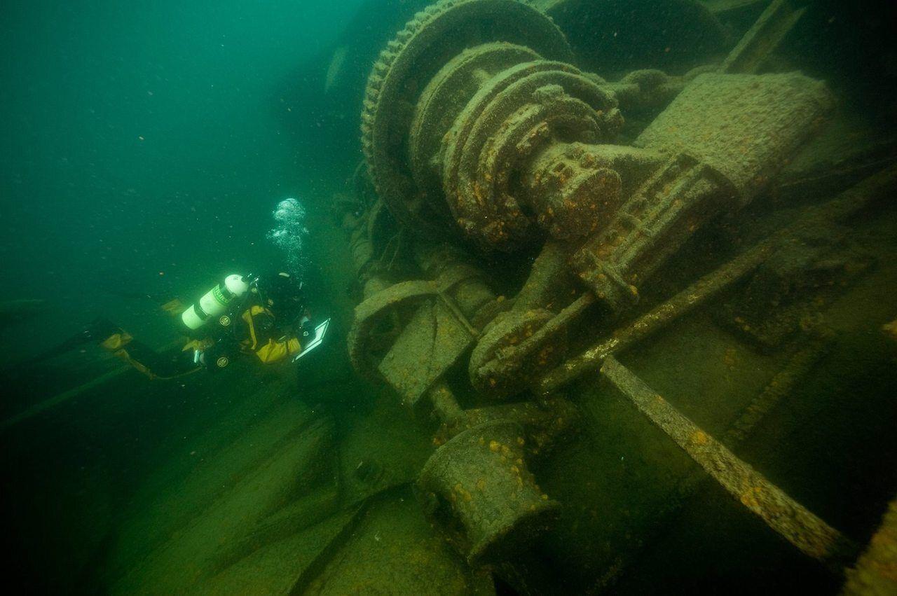Scuba diving in Isle Royale, Wreckage Emperor ship