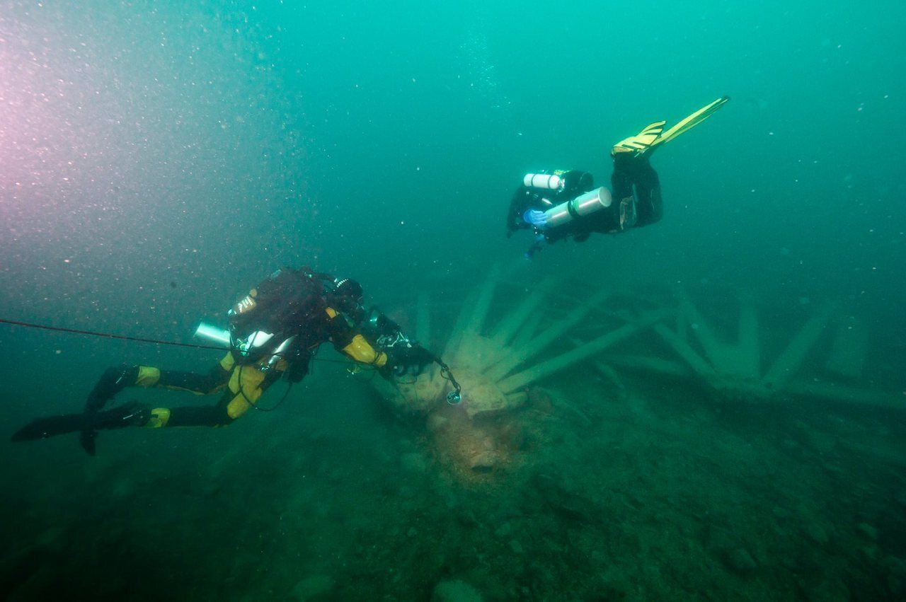 Scuba diving in Isle Royale, Wreckage