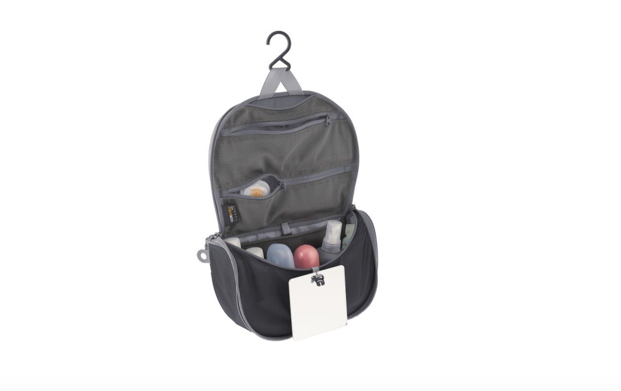 Sea-To-Summit-Travelling-Lite-hanging-toiletry-bag-europe-backpacking-gear