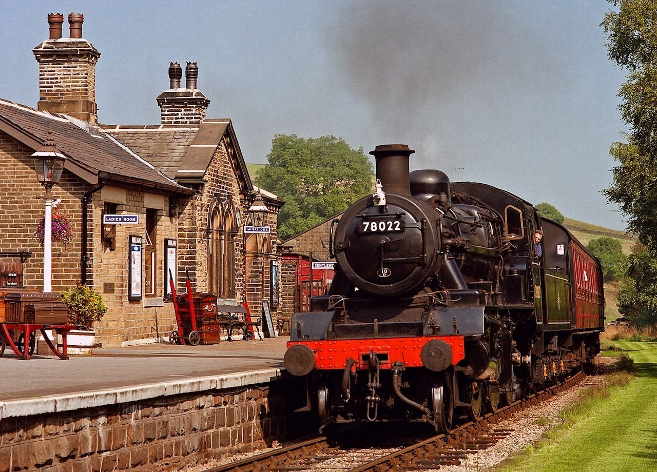 The Keighley and Worth Valley Railway, Train journeys