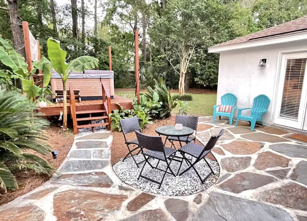 Colorful Avondale home with hot tub, charleston airbnbs