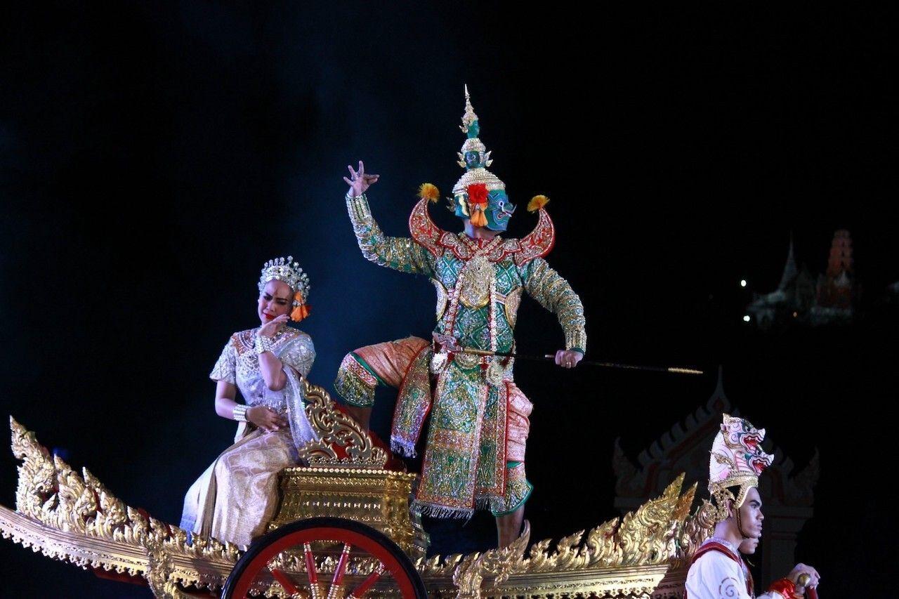 Sala Chalermkrung Royal Theatre, bangkok art and culture
