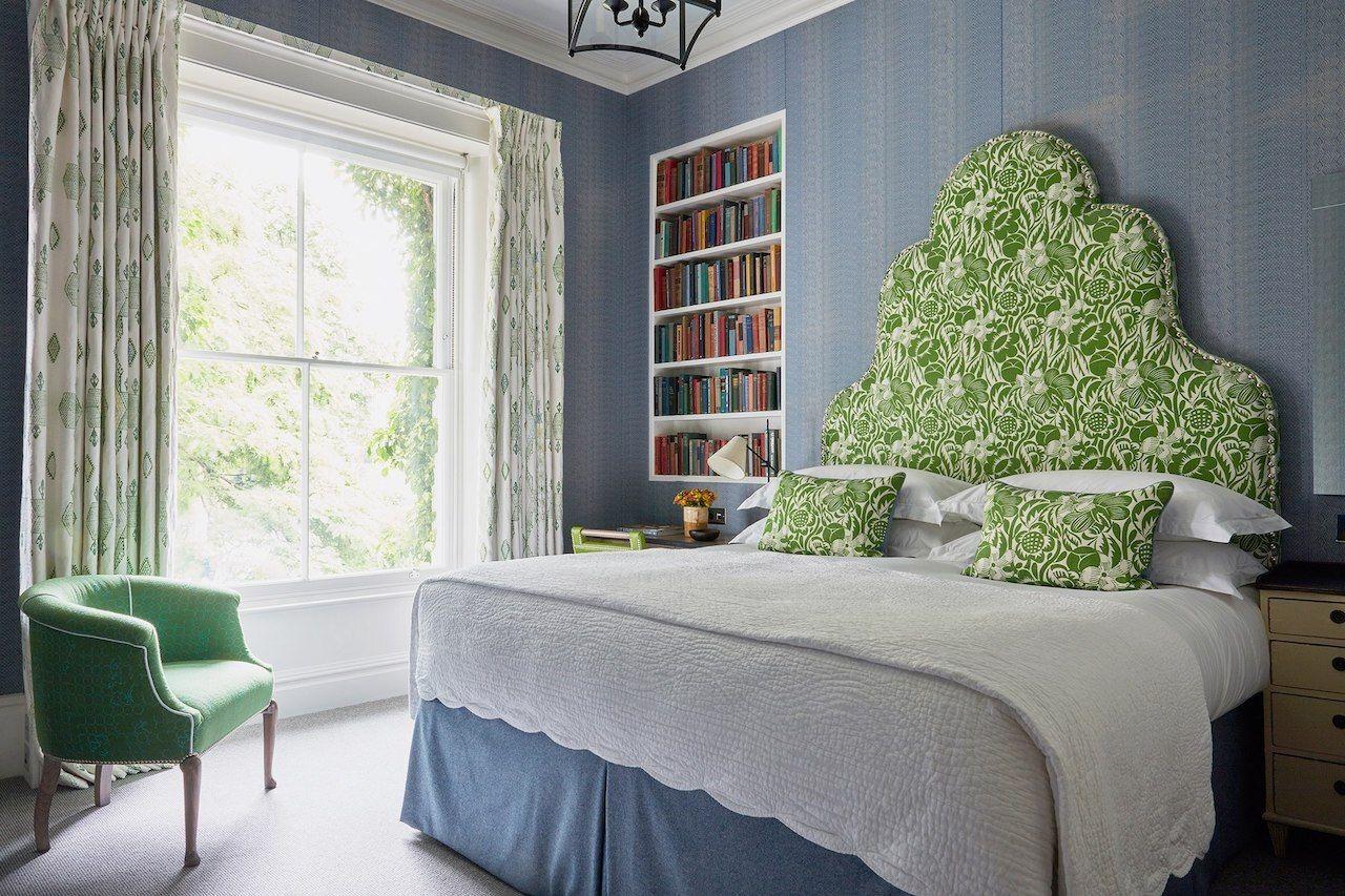 bedroom-number-sixteen-boutique-hotel-deals-in-london
