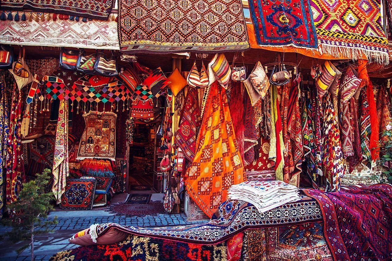 Amazing,Traditional,Handmade,Turkish,Carpets,In,Souvenir,Shop.,Cappadocia,,Turkey,  Cappadocia