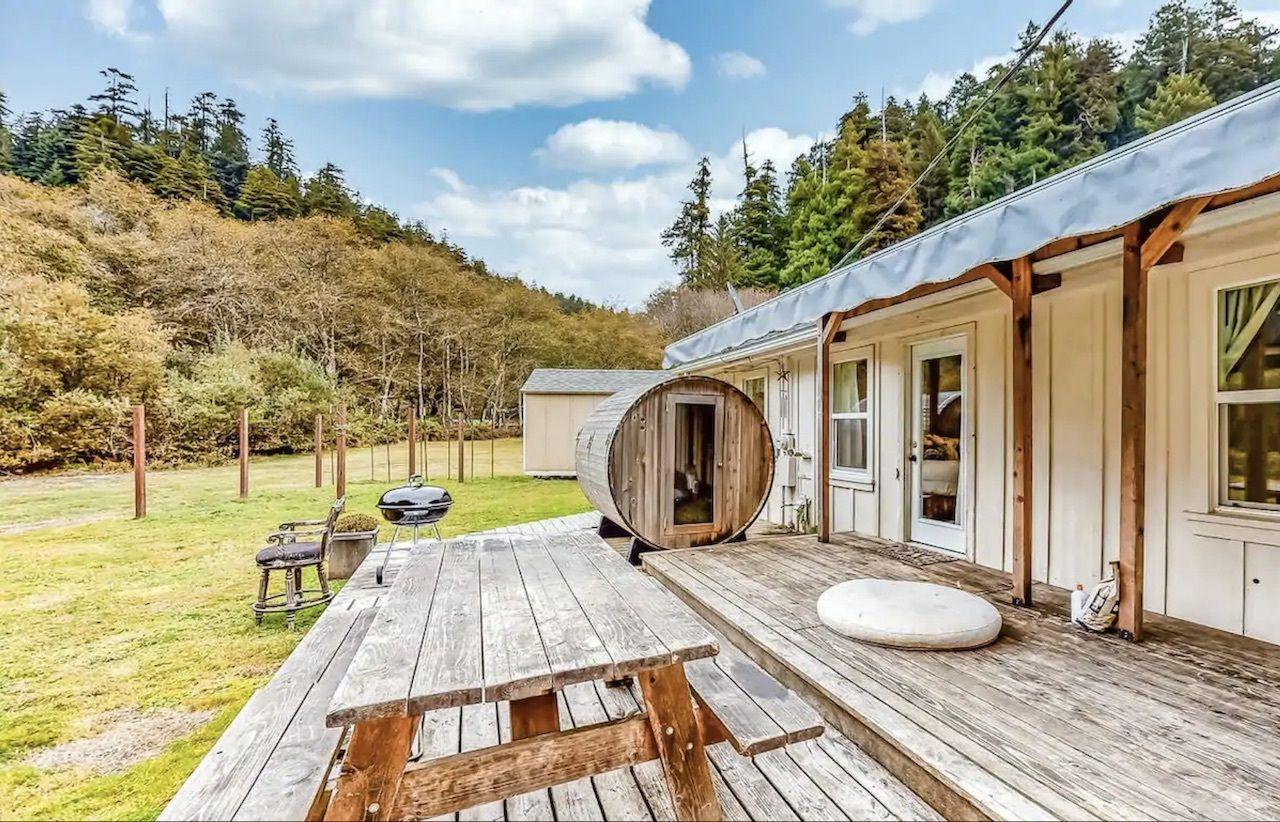 creek-hideaway-airbnbs-near-redwoods-national-park, Airbnbs near redwoods national park