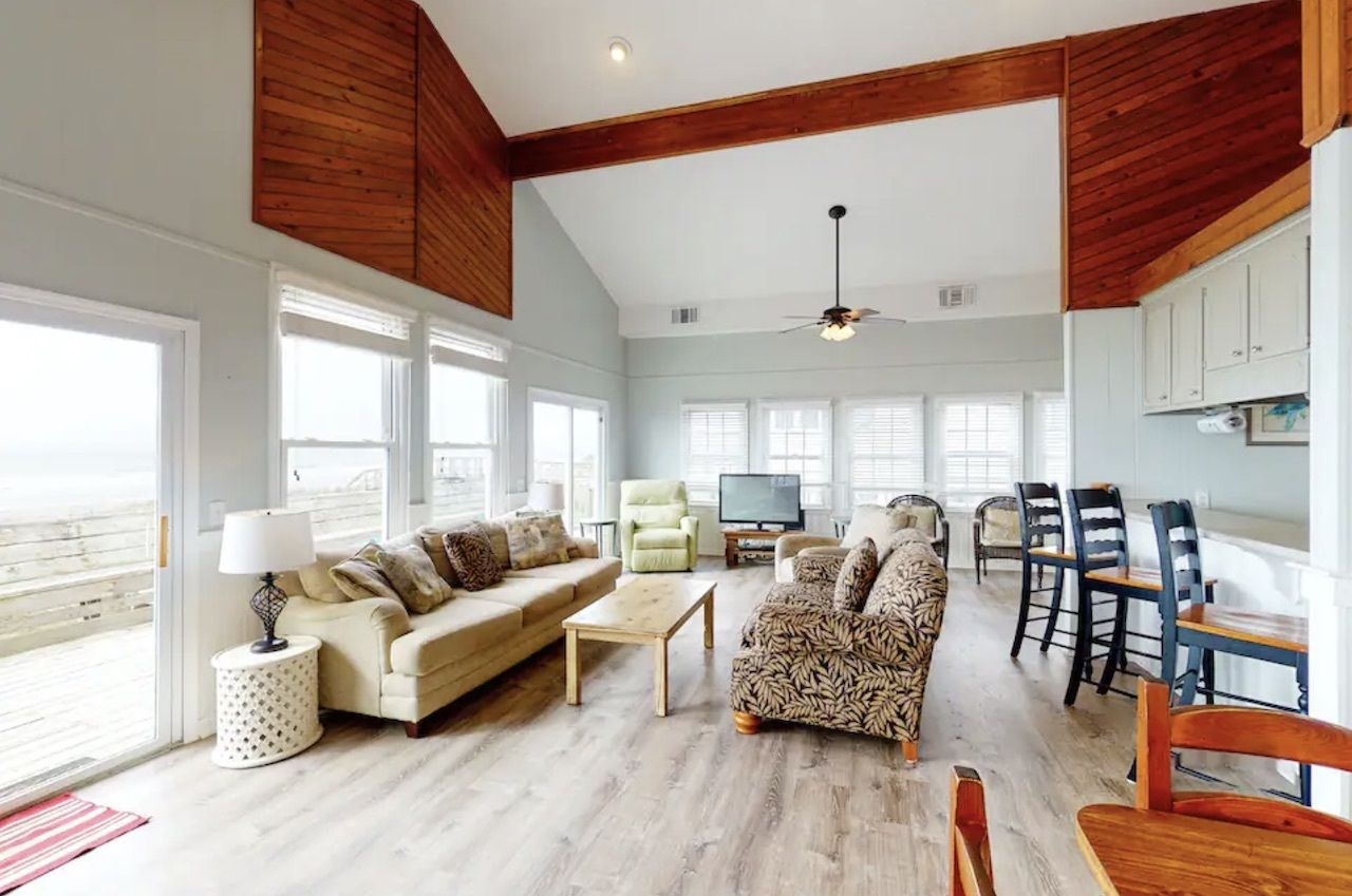 Oceanfront home on Folly Beach, charleston Airbnbs