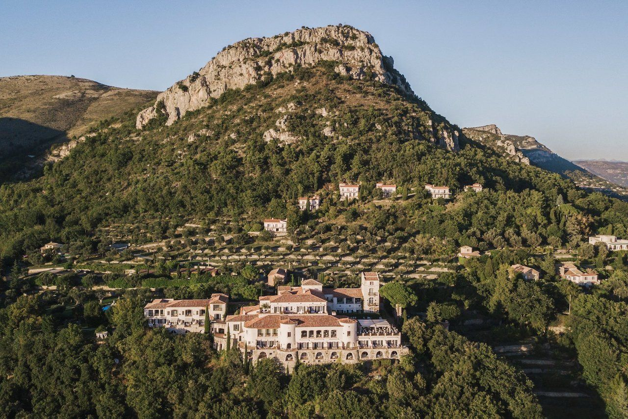 french-castle-Chateau-Saint-Martin