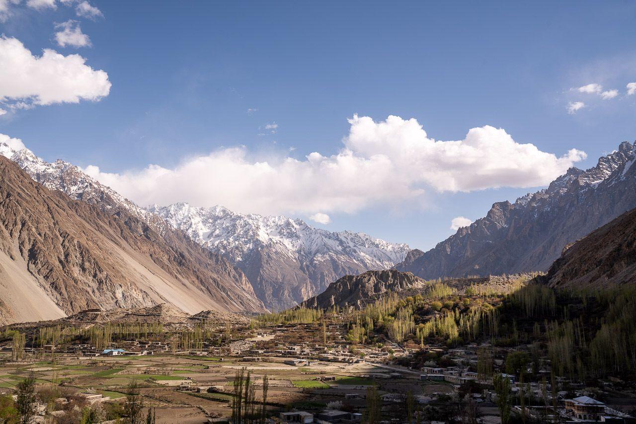 Karakoram-Highway-665926867