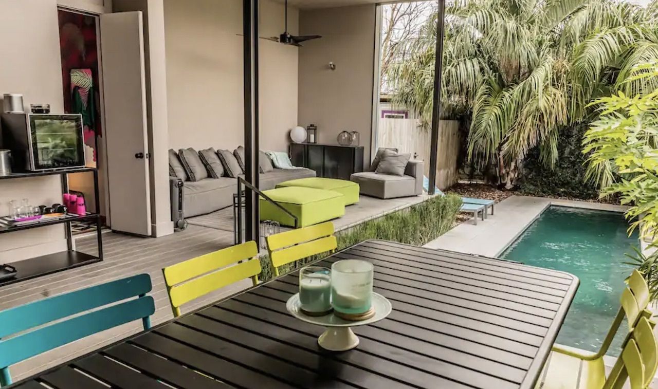 Historic home with saltwater pool and outdoor area to chill, New Orleans Airbnbs