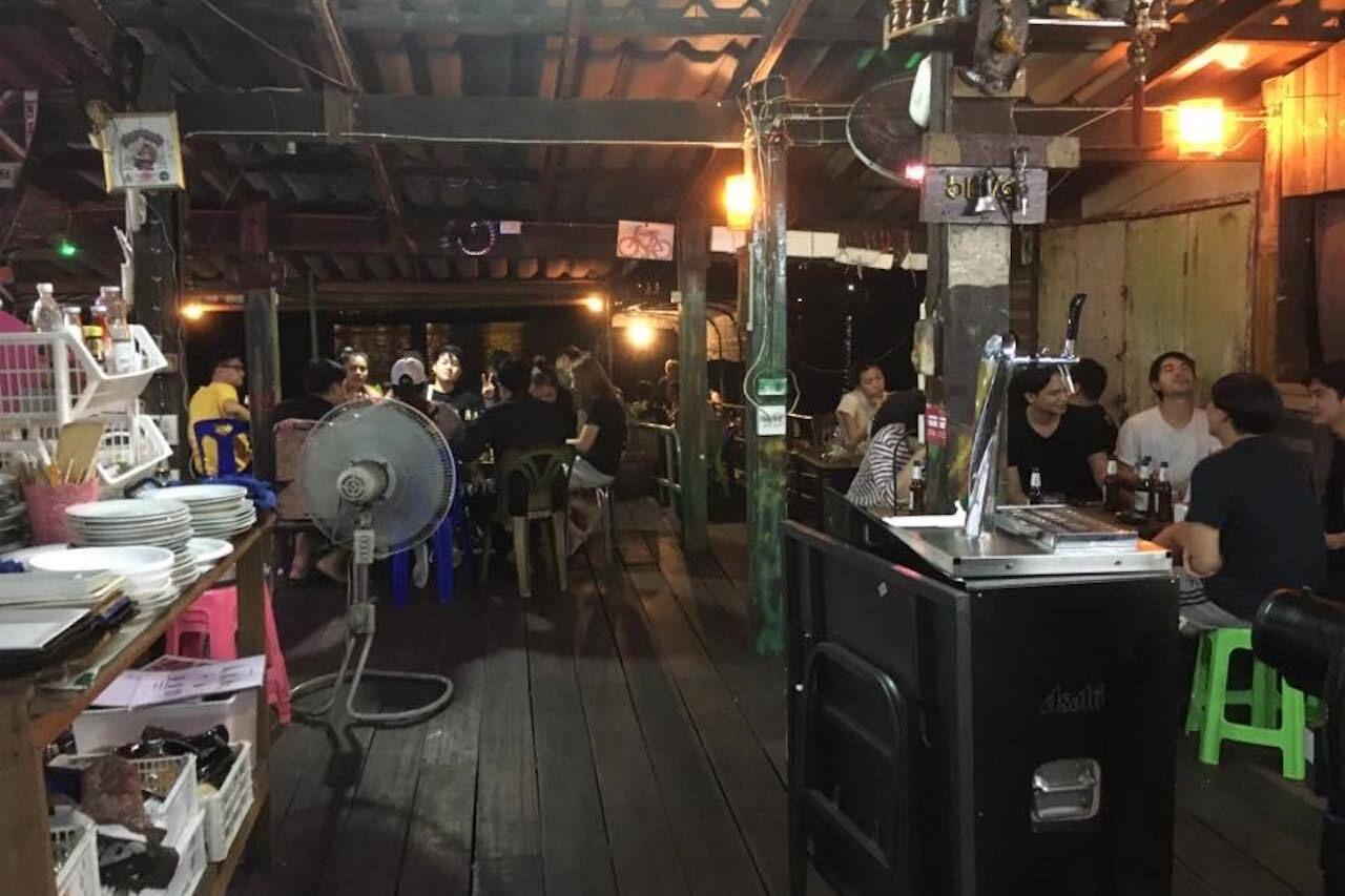 jacks-bar-bangkok-1281144225327386