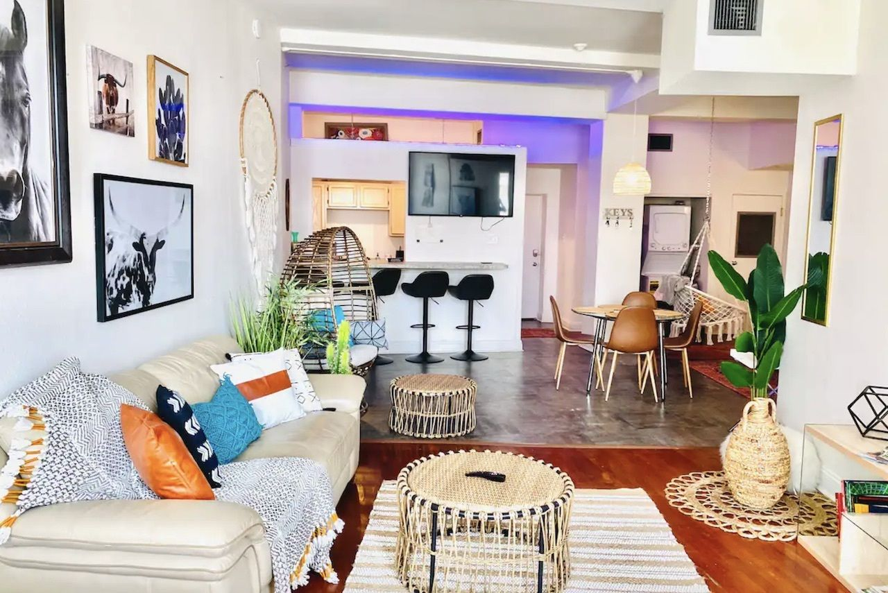 large-group-apartment-new-orleans-airbnbs