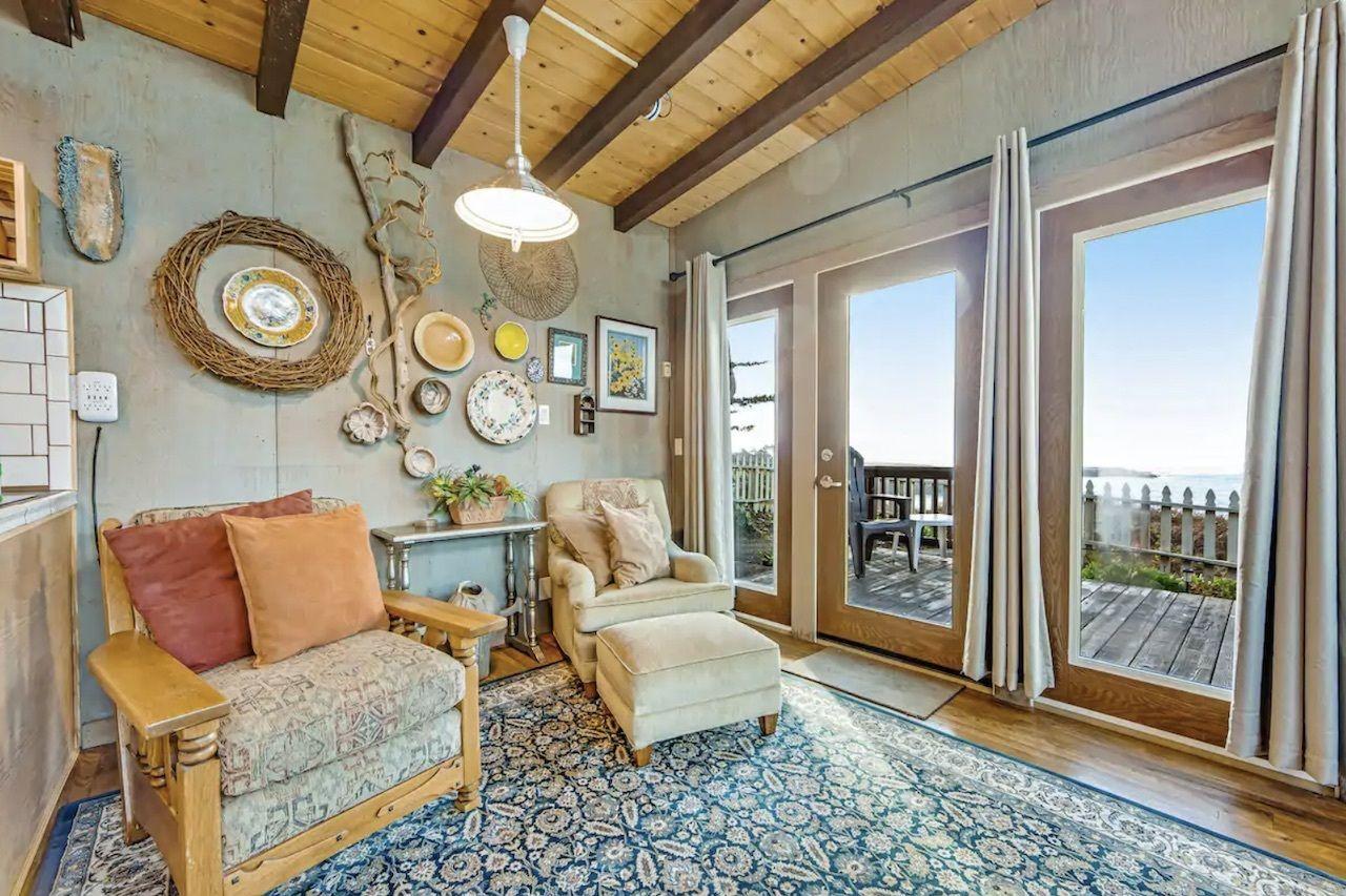 mendocino-coastal-oceanfront-airbnbs-in-california, Oceanfront Airbnbs in California