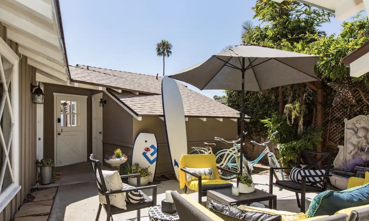 orange-county-bungalow-oceanfront-airbnbs-in-california, Oceanfront Airbnbs in California