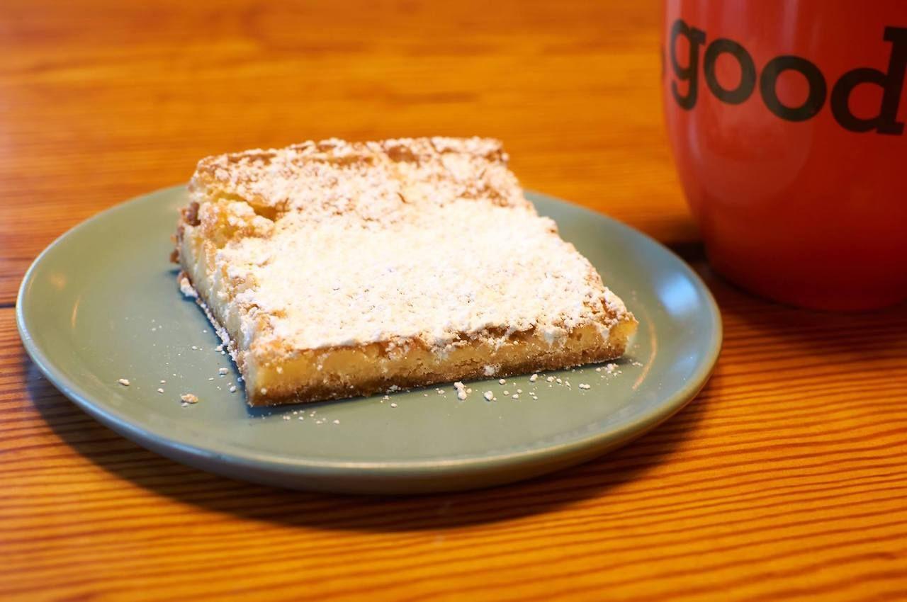 park-avenue-coffee-gooey-butter-cake-facebook,  gooey butter cake