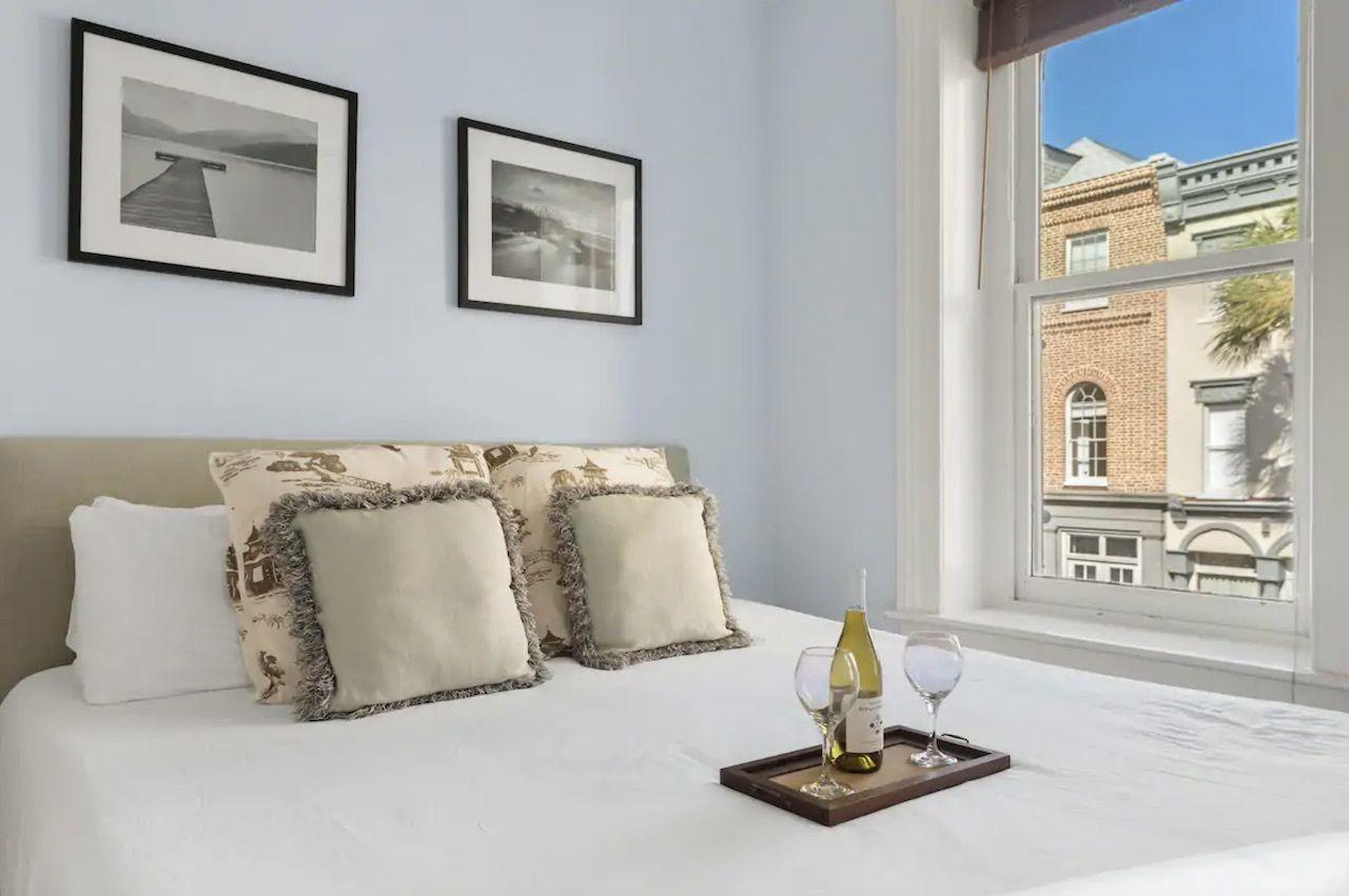 Condo two blocks from Rainbow Row, charleston airbnbs