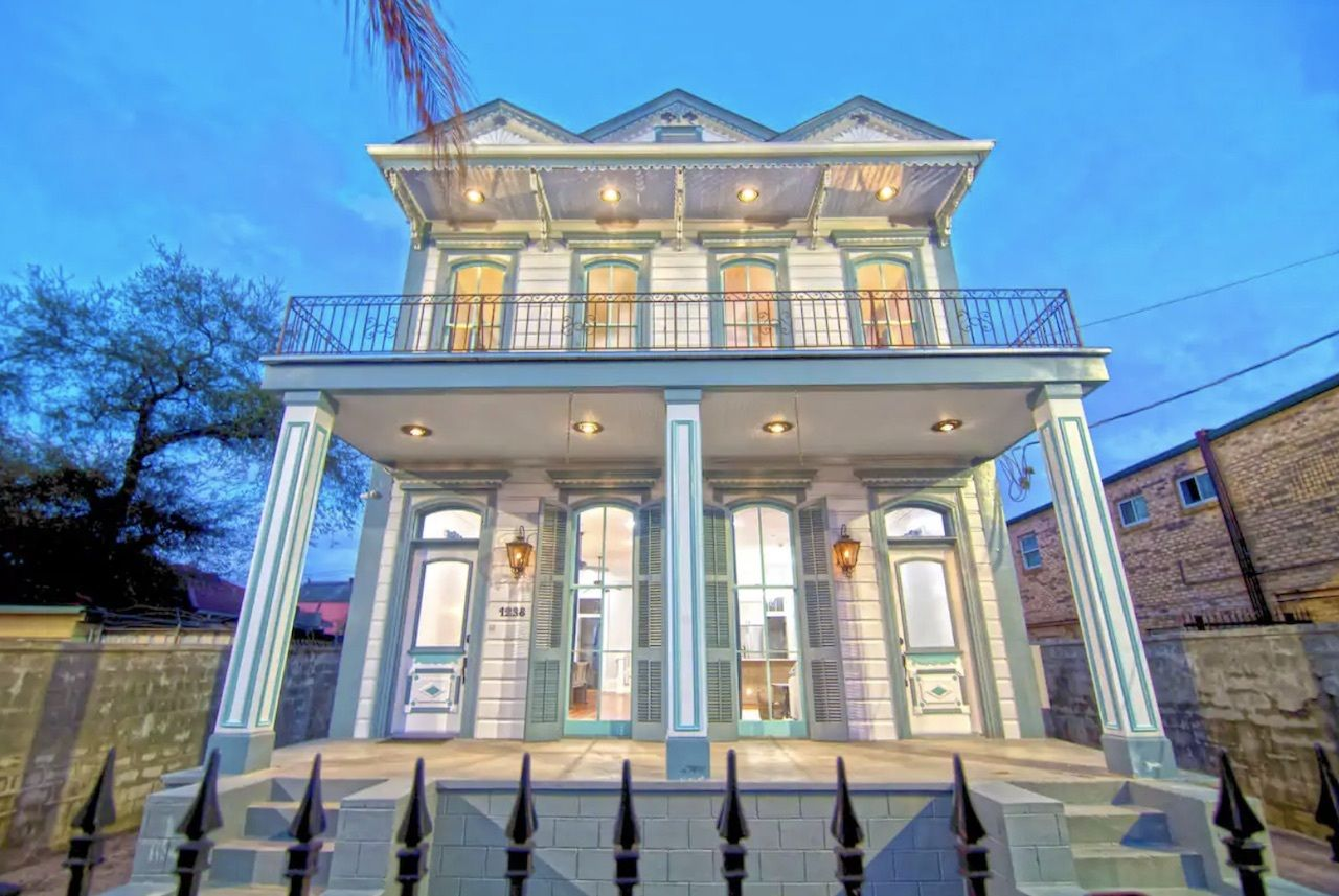 Robertson Mansion, New Orleans Airbnbs