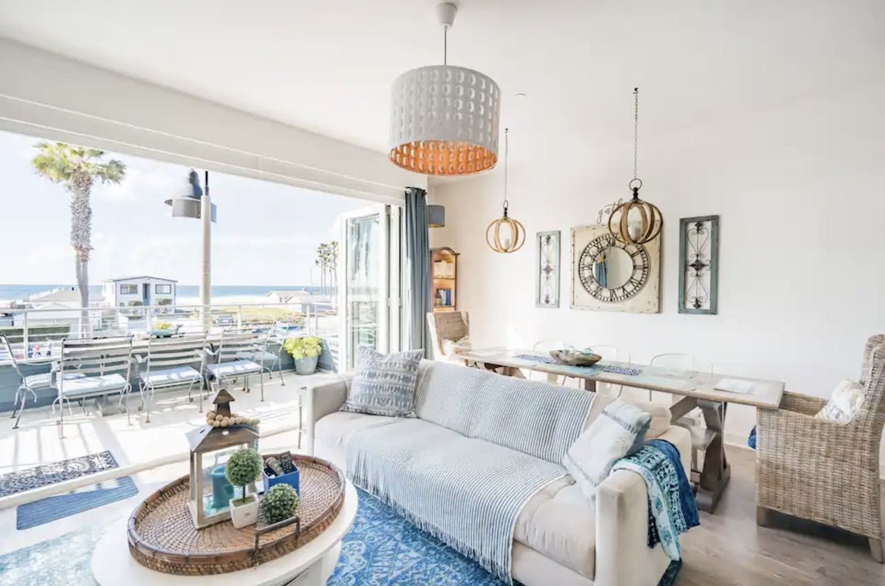 san-diego-condo-oceanfront-airbnbs-in-california, Oceanfront Airbnbs in California