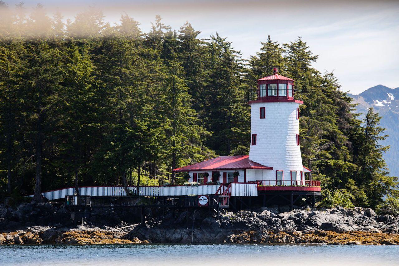sitka-lighthouse-worlds-most-amazing-vacation-rentals, World's Most Amazing Vacation Rentals