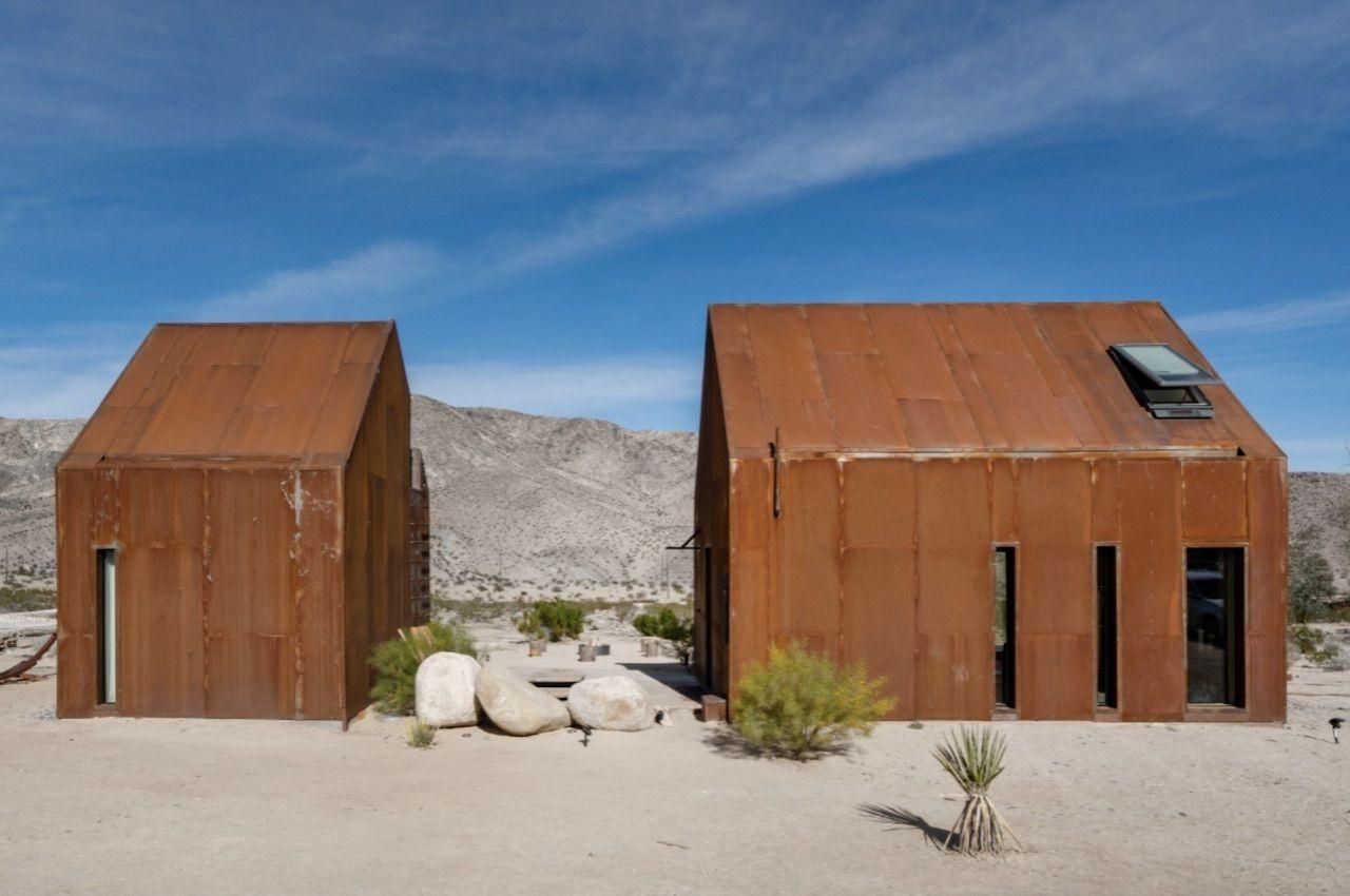 Architect-designed off-grid stargazing cabin, Joshua tree airbnbs