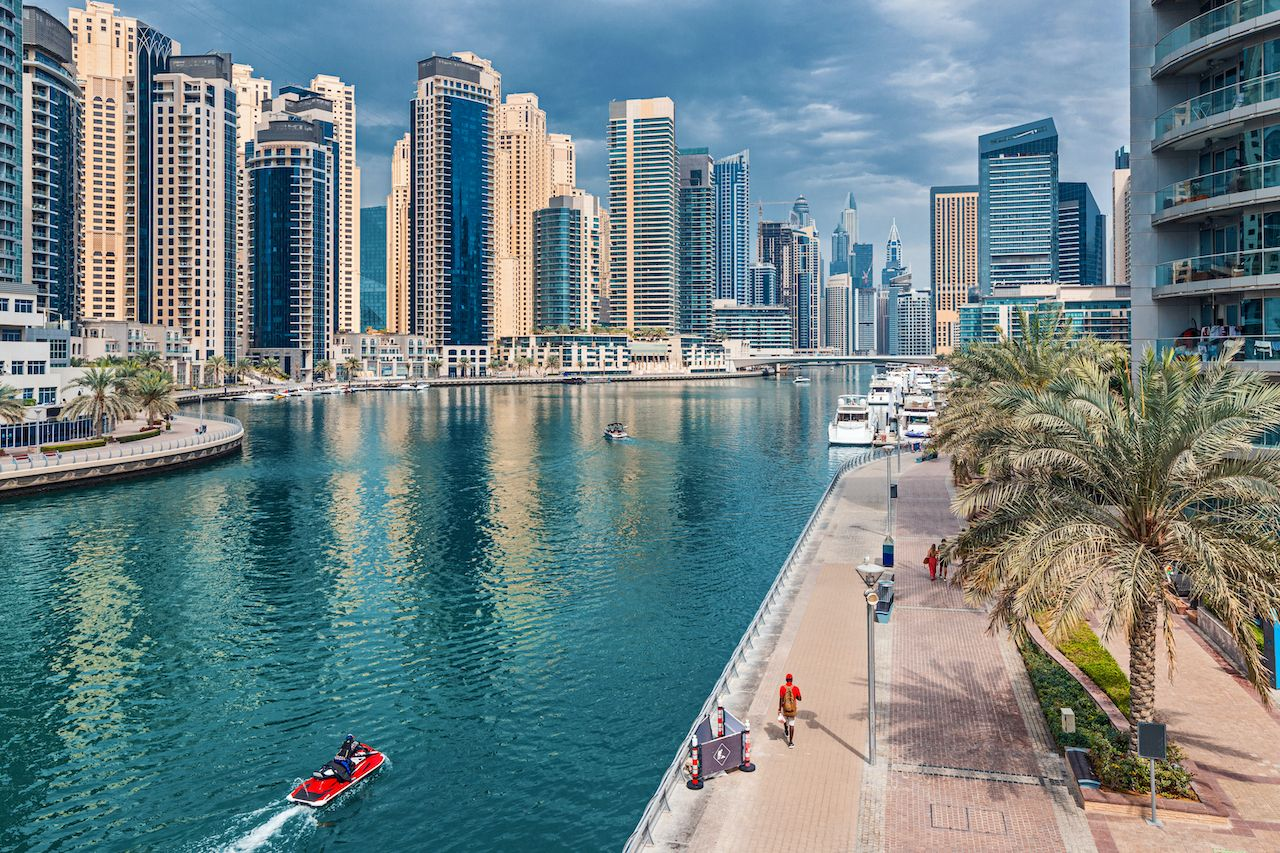 Modern,And,Developed,Dubai,Marina,Area,With,High,Skyscrapers,And, week in Dubai