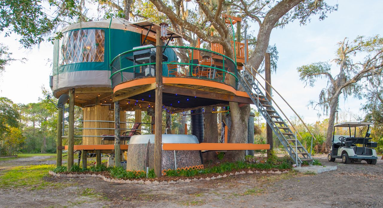 treehouse-danville-worlds-most-amazing-vacation-rentals, World's Most Amazing Vacation Rentals