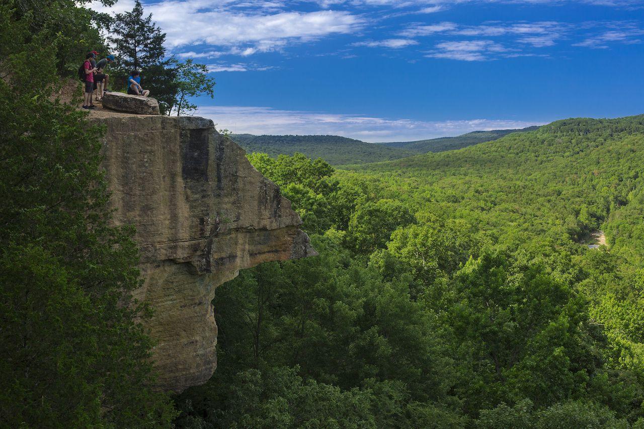 View,Of,Yellow,Rock,Overlook,In,Devils,Den,State,Park