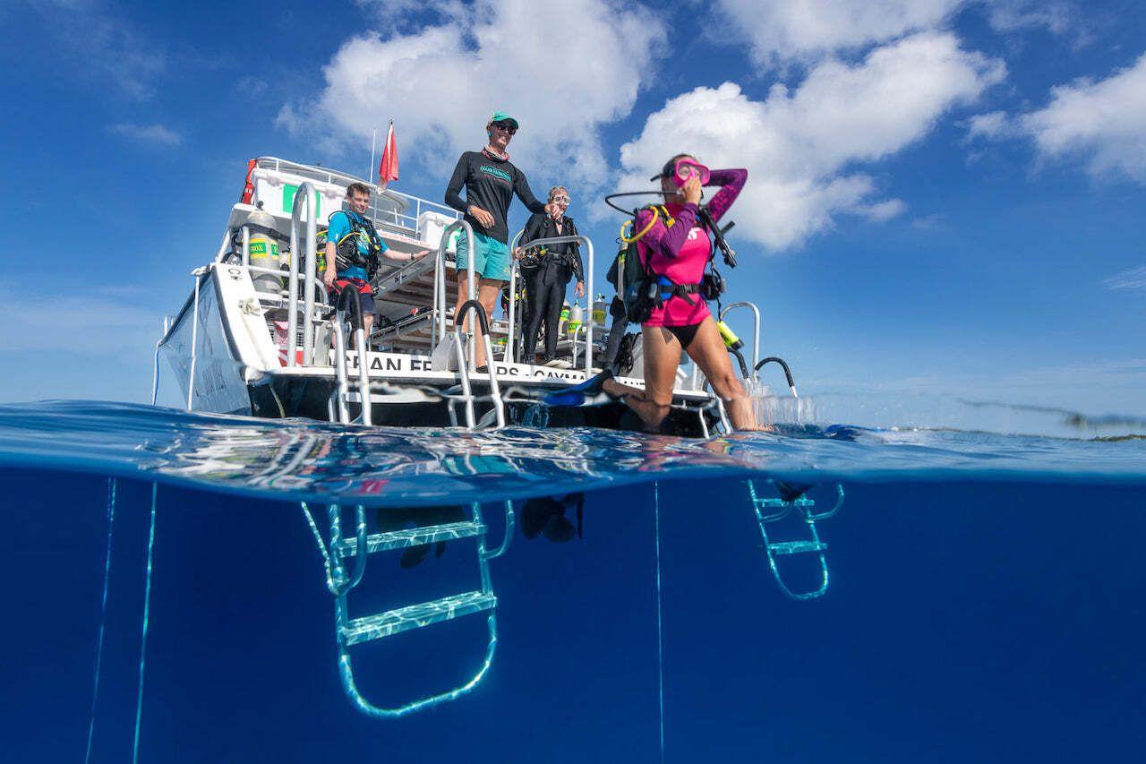 Grand Cayman Ocean Frontiers Boat Diving
