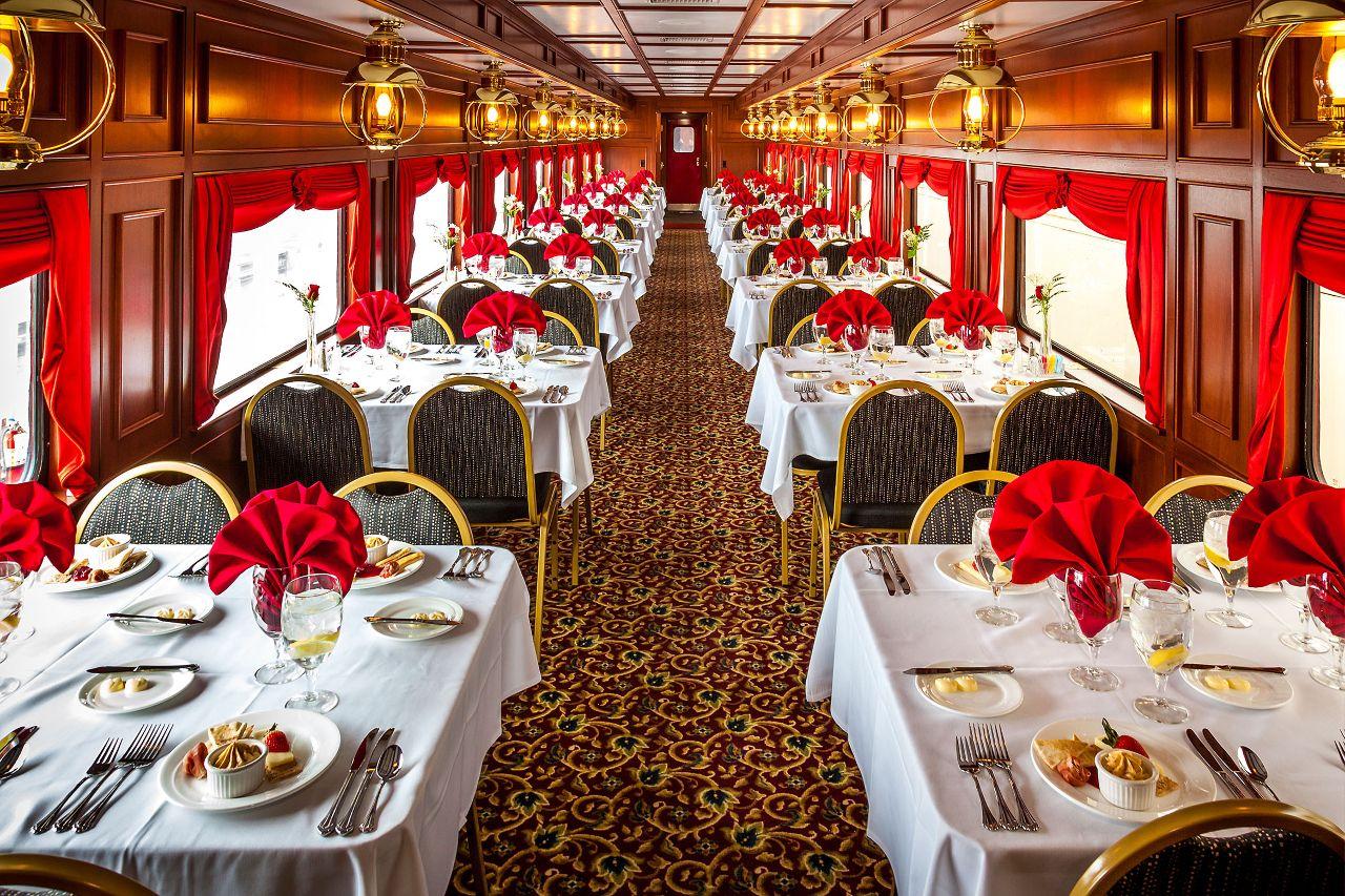 Kentucky bourbon train, diner car