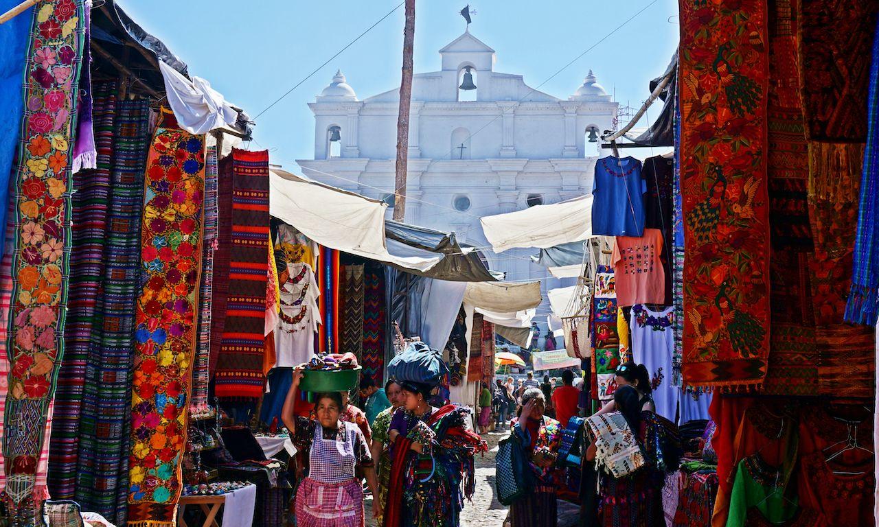 Chichicastenango,,Guatemala,-,March,2018:,Morning,At,Chichicastenango's,Market