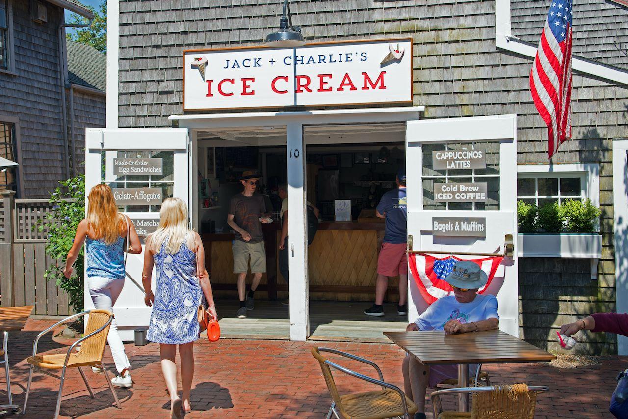 Nantucket,,Massachusetts/usa,-,August,9,2019:,An,Ice,Cream,Store