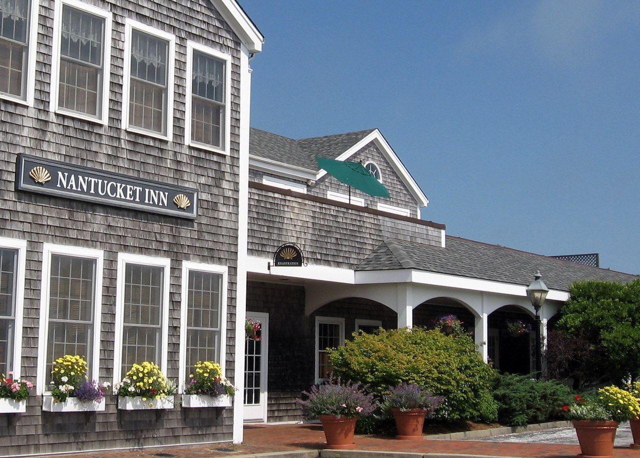Nantucket-cheap-lodging-Nantucket-Inn