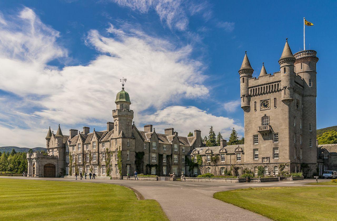 Balmoral Castle, Scotland, royal family