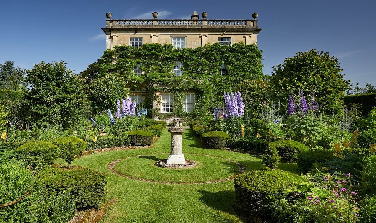 Highgrove Gardens, royal family