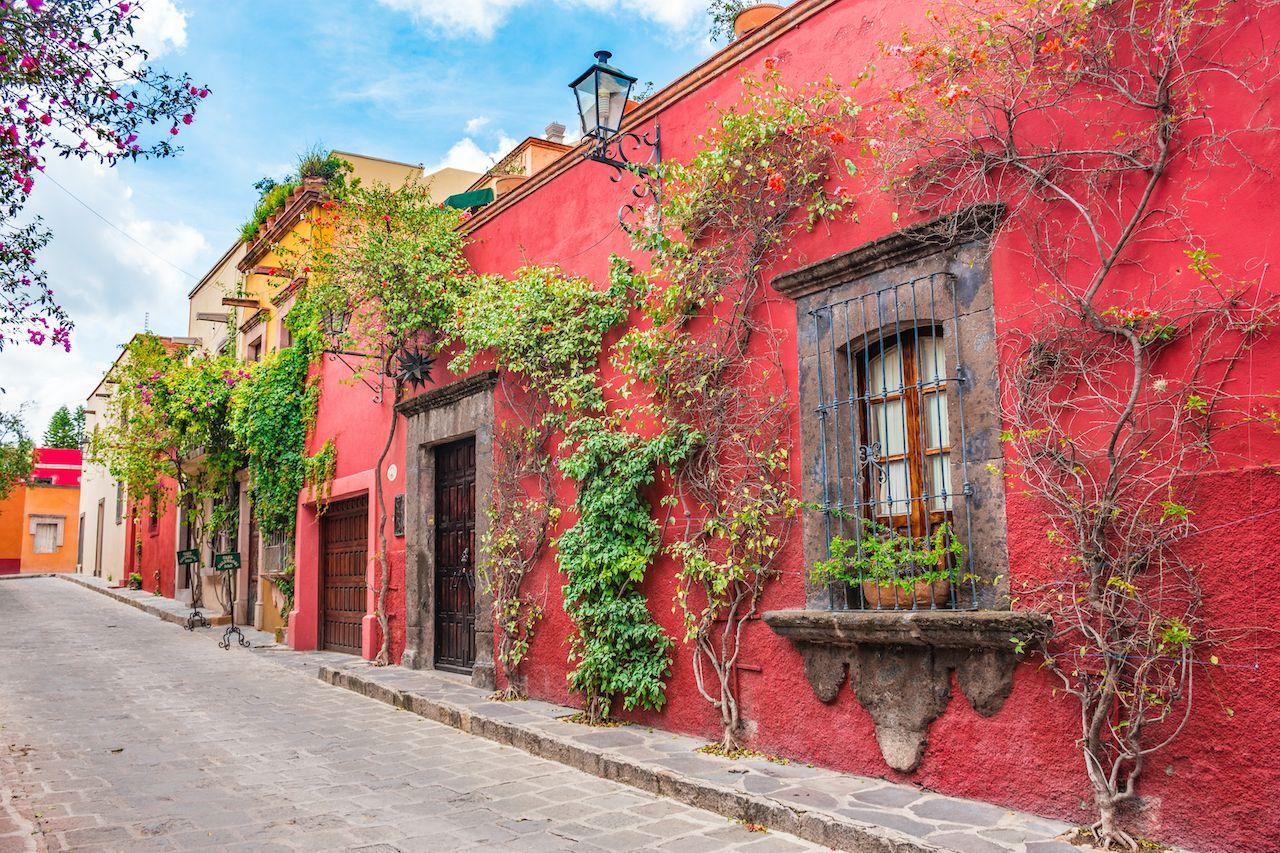 Beautiful,Streets,And,Colorful,Facades,Of,San,Miguel,De,Allende