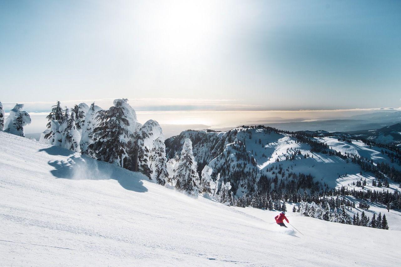 Surf-and-ski-on-the-same-day-Mount-Washington-British-Columbia