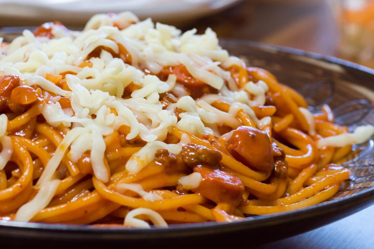 filipino spaghetti with banana ketchup