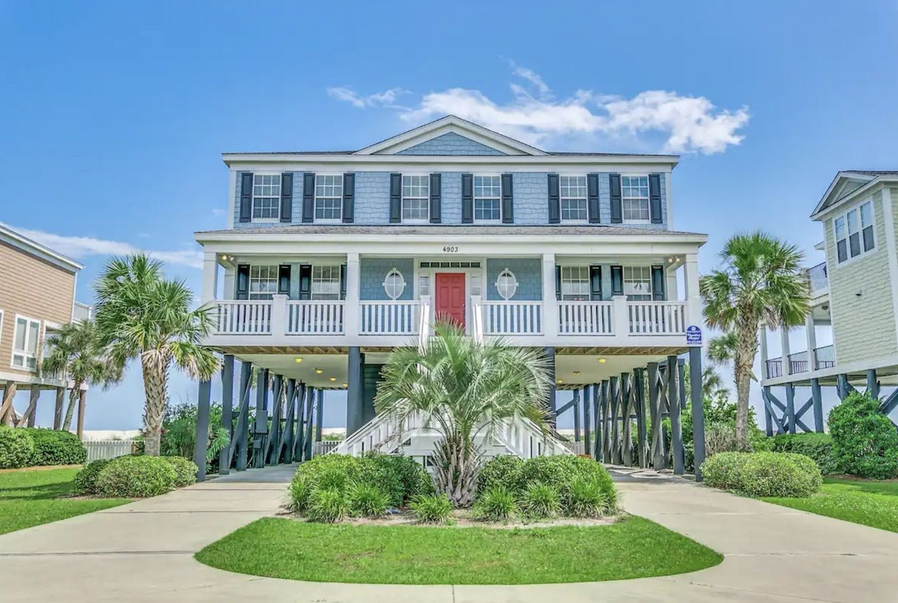 beachside-mansion-private-pool-myrtle-beach-airbnbs