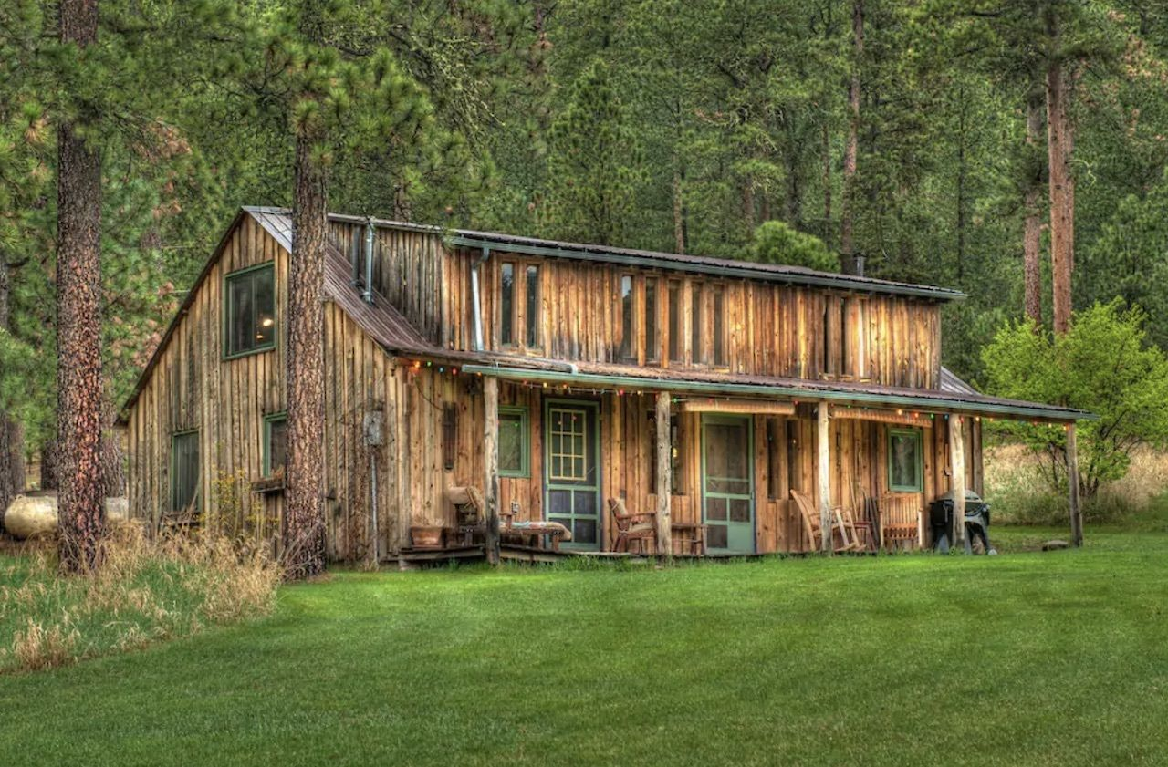 cabin-green-mountain-most-wishlisted-midwest-airbnbs