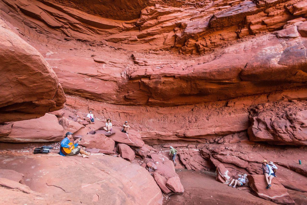cataract-canyon-rapids-guitar-canyon-listen