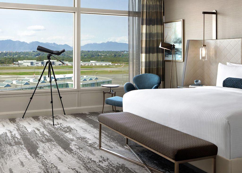 fairmont-vancouver-airport-room-vancouver-hotel-deals